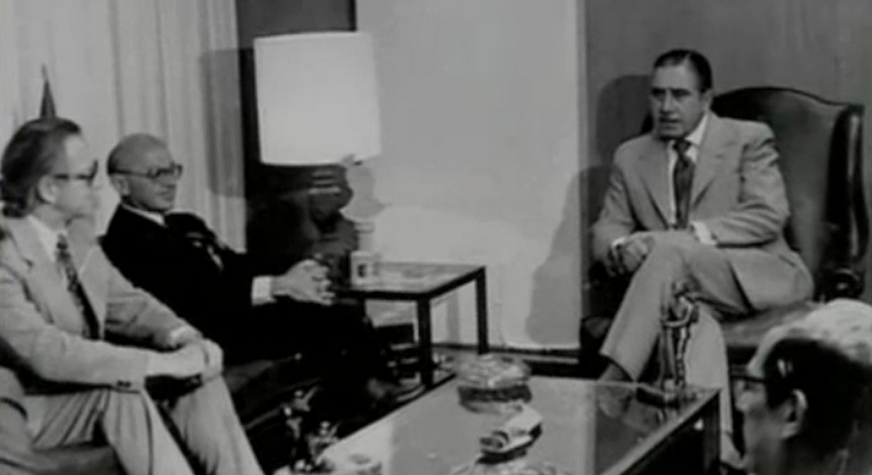 Pinochet ontmoet Milton Friedman.